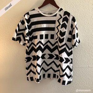 [ASOS] Geometric Print Crew Neck T-Shirt